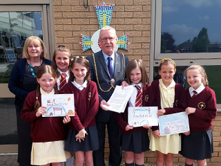 Mayor thanks Sacred Heart Primary for supporting Dell Farm